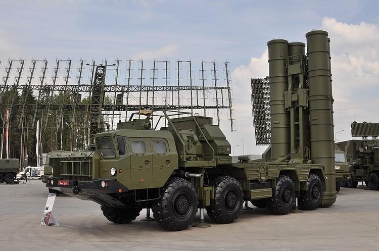 Зенитно-ракетная система С-400, приобретенная Турцией у России