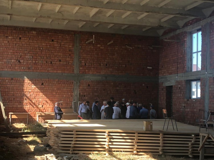 Стройка спортивного зала. Фото: пресс-служба ОНФ