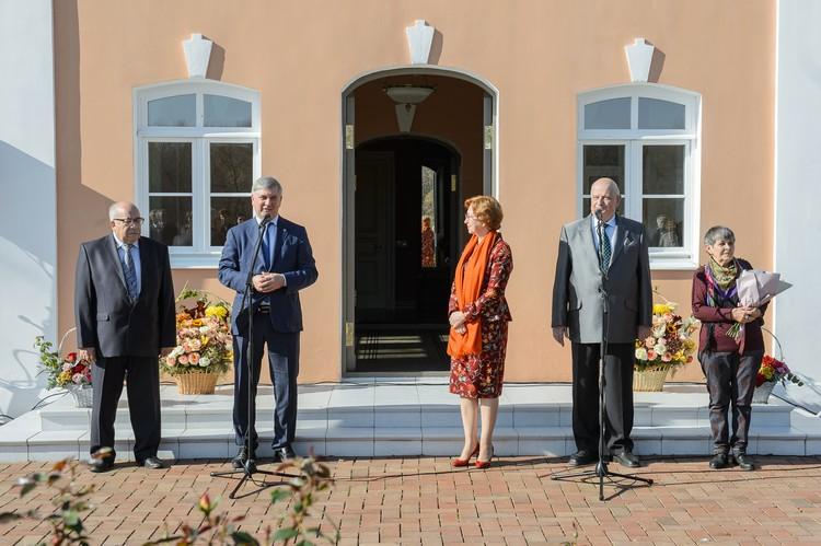 Александр Гусев поблагодарил Татьяну Гордееву за поддержку воронежских проектов.