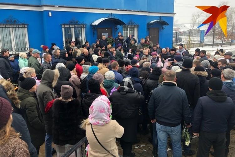 Прощание проходило в Покровском храме Каменска-Уральского.