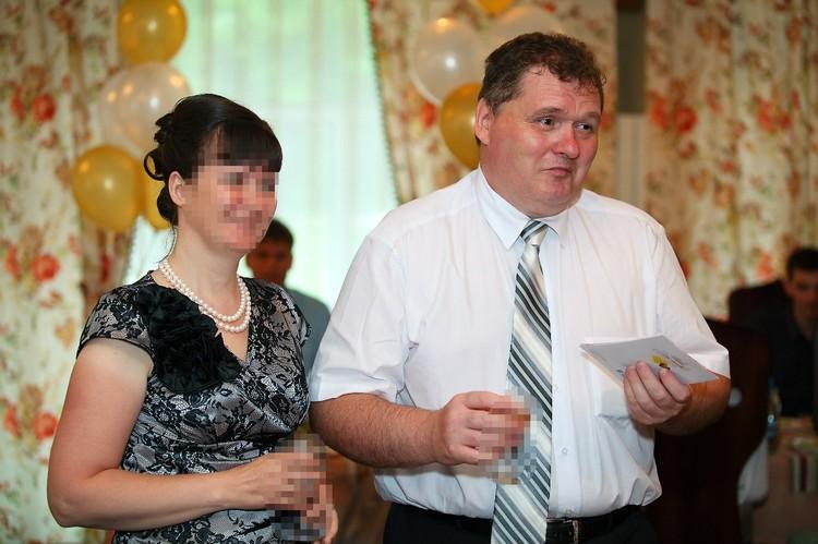 Подсудимый Юрий Вялых с супругой. Фото: предоставлено Екатериной Глотовой