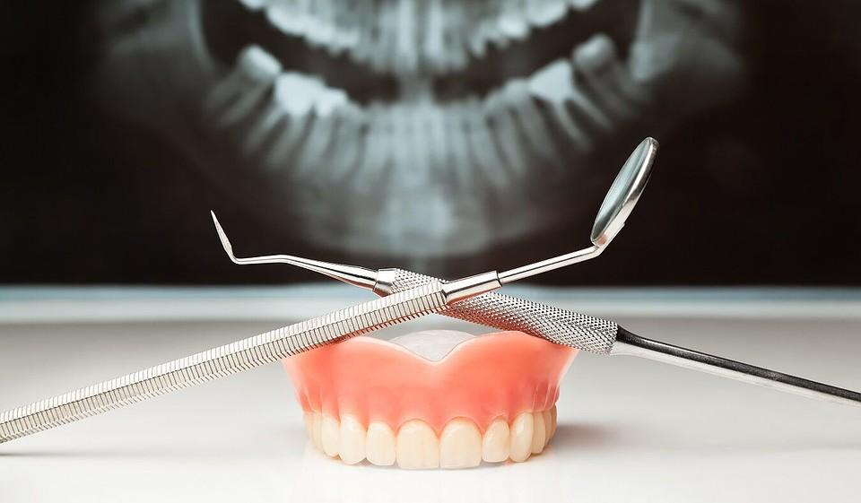 того, стоматологические картинки зубы бесплатно широкоформатные