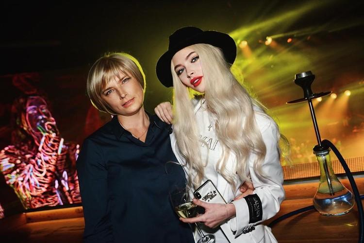 Алёна Шишкова с мамой