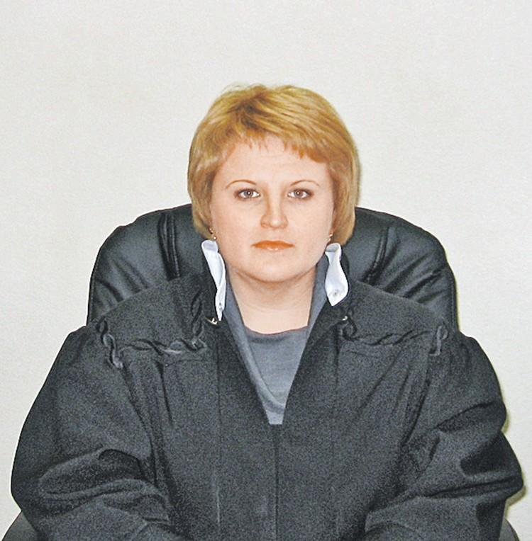 Племянница экс-губернатора - судья Инна Куликова. Фото: leninsky.mor.sudrf.ru