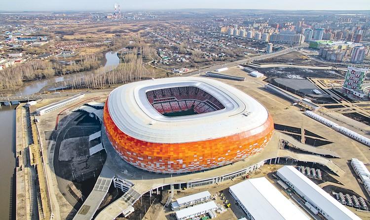 Гигантский стадион - открылся в Саранске к чемпионату мира по футболу. Фото: Станислав КРАСИЛЬНИКОВ/ТАСС
