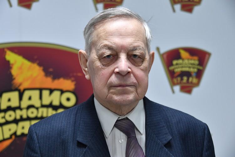 Писатель Юрий Емельянов на радио `Комсомольская правда`.