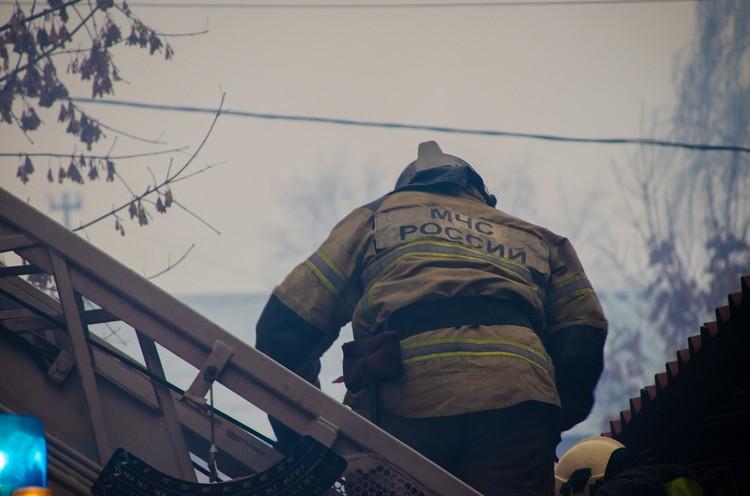 Пожар тушили более 60 человек и 19 единиц техники Фото: ГУ МЧС России по Тверской области