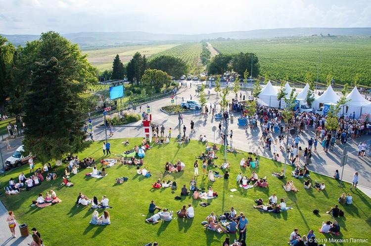 """В этом году ZB Fest на виноградниках """"Золотой Балки"""" собрал рекордное количество гостей"""
