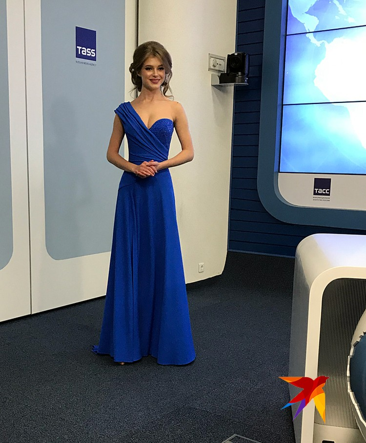 «Мисс Россия» Алина Санько представила платье, в котором намерена победить