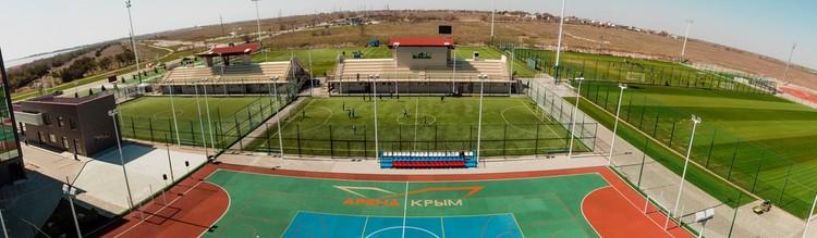 Спортивный комплекс Арена-Крым в Евпатории для УТС учебно-тренировочных сборов и спортивных мероприятий, благодаря мерам господдержки, прирастет 10 тысячами квадратных метров новых площадей. Фото: arenacrimea.com