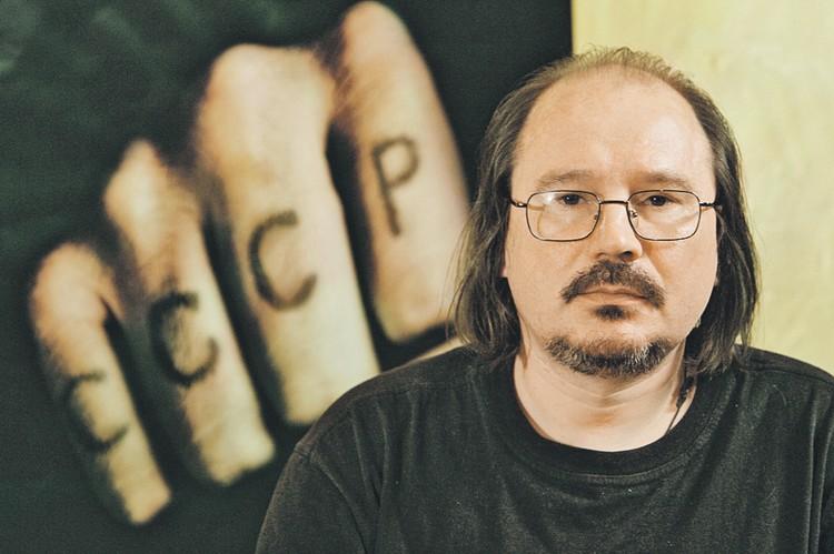 Режиссер попрощался с поклонниками в своем последнем фильме. Фото: Антон ДЕНИСОВ/РИА Новости