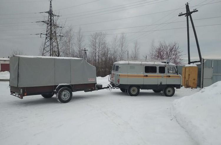 У подножья горы туристов ждала скорая помощь. Фото: ГУ МЧС по Свердловской области