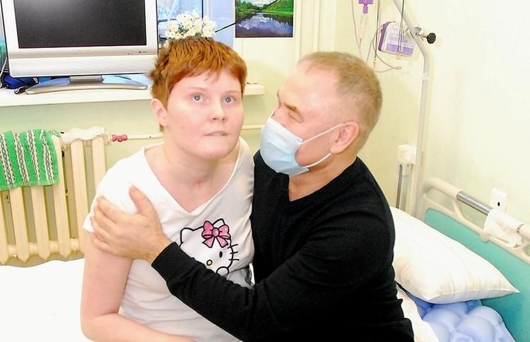 Первое время Сергей помогал жене