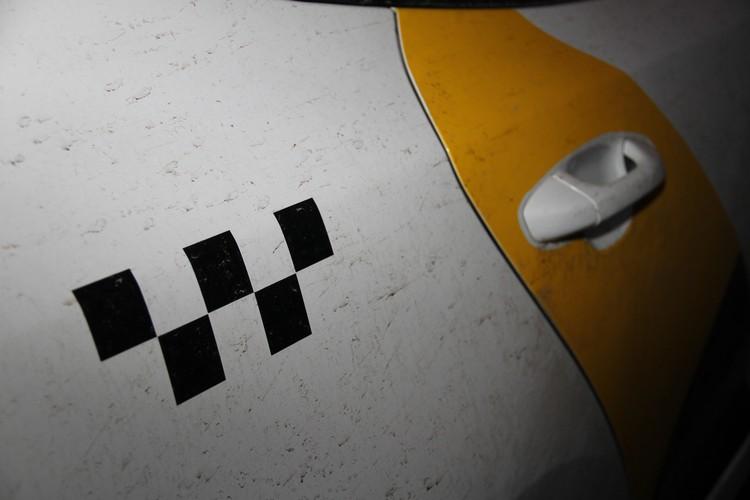 Водители пытаются получать от агрегаторов такси нормальную обратную связь. Но пока не выходит.