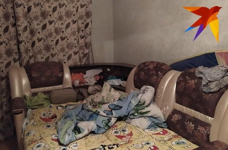 После обыска в квартире беспорядок