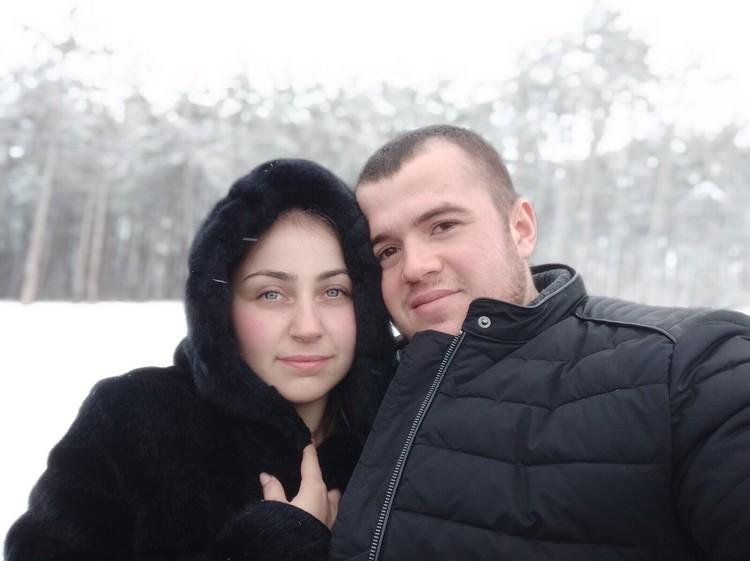 Осман вез в аэропорт свою жену Регину. Фото: Регина Идрисова/Вконтакте