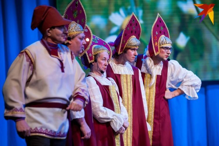 Орловские актеры покорили зрителей необычным перевоплощением