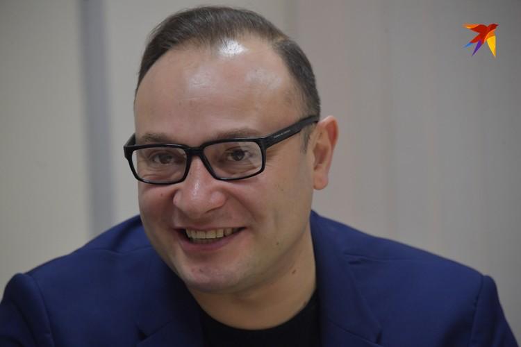 Константин Генич был признан лучшим комментатором года и стал обладателем «Золотого микрофона»