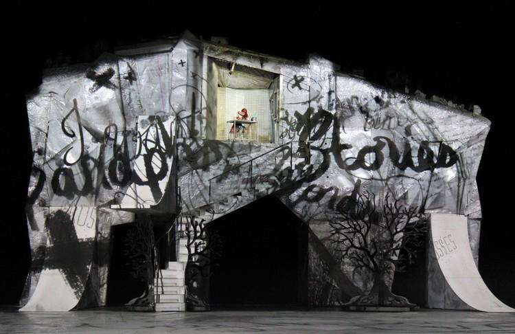 Новое шоу Cirque du Soleil - история о творческой девочке, которая не может понять себя