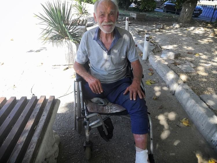Главная угроза для бездомных - обморожение и ампутация конечностей. Фото: БФ «Сердце Севастополя»