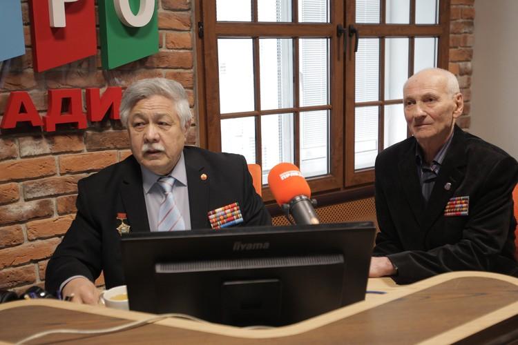 Азамат Султанов и Владимир Ларионов