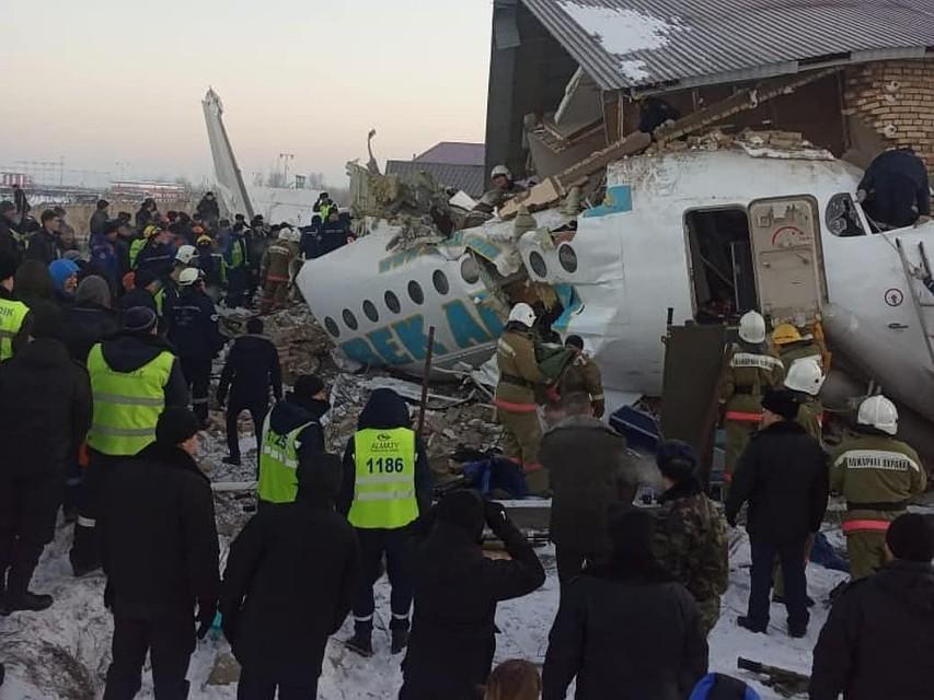 фото людей с борта упавшего самолета работы довольно трудоемкий