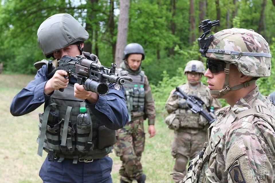 Американские инструкторы не только обучают украинский спецназ, но и руководят действиями диверсионно-разведывательных групп. Фото: МОУ