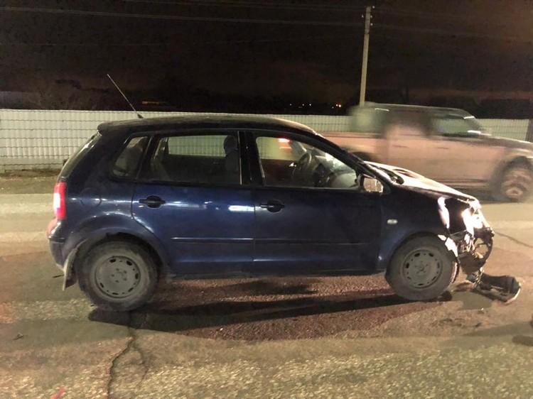 Водитель уверяет, что его ослепила другая машина.