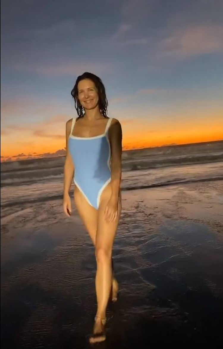 Екатерина снялась на закате на Бали. Фото: кадр видео.