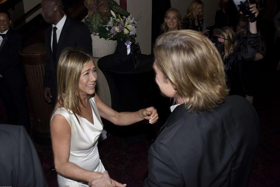 Jennifer Aniston At Life Of Crime Cocktail Reception Drtuber 1