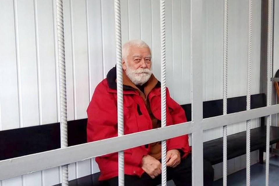 2,5 года за решеткой не сломали его, правда, не выдержали зубы. Фото: strana.ua