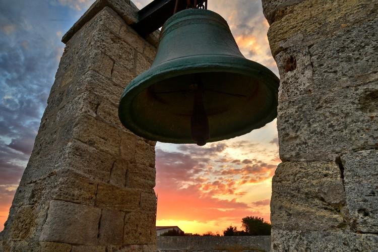 Звук колокола служил морякам ориентиром не хуже светового луча