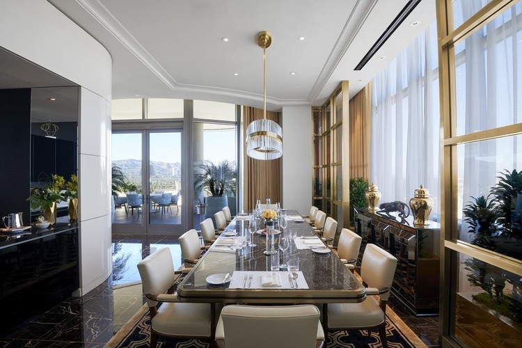 Нескромный люкс в отеле Waldorf Astoria Beverly Hills. Фото: booking.com