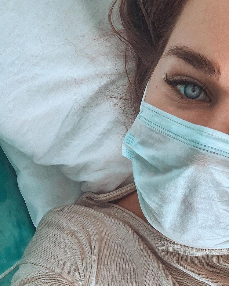Полина в больнице. Фото: www.instagram.com/x________polinkop________x/