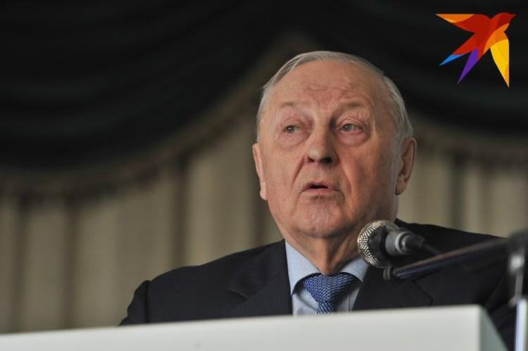 Сейчас Эдуард Россель является членом Совета Федерации Федерального Собрания Российской Федерации.