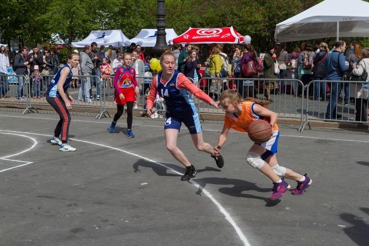 Через пять лет физкультурой и спортом в Петербурге всерьез будут заниматься 55 процентов горожан.