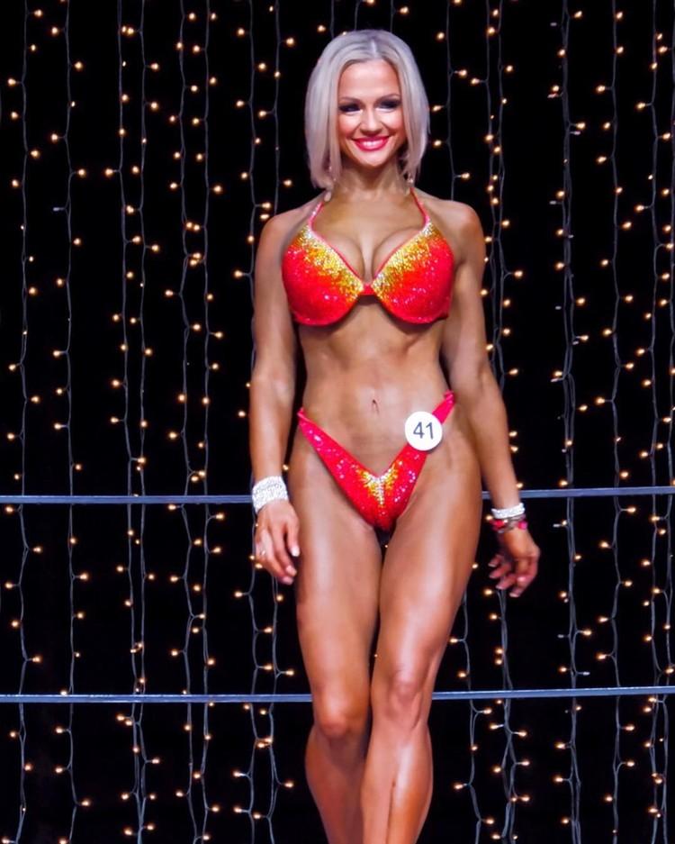 Несмотря на возраст, Татьяна участвует в конкурсе «Фитнес-бикини». instagram.com/tatianaarchekova