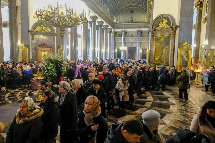 Ковчег с мощами святого прибыл в город на Неве 9 марта из Иоанно-Предтеченского монастыря Иерусалима.