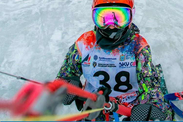 Сноукайтинг — удивительно красивый вид спорта. ФОТО: SNOWKITERUSSIA
