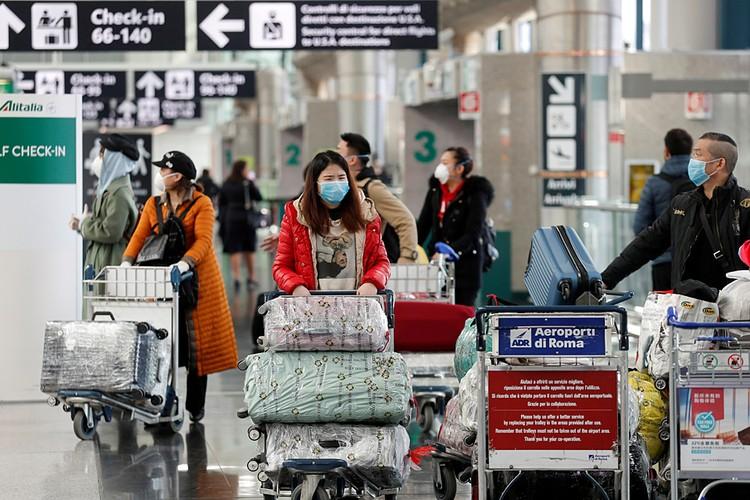 Многие страны закрыли авиасообщение с Италией