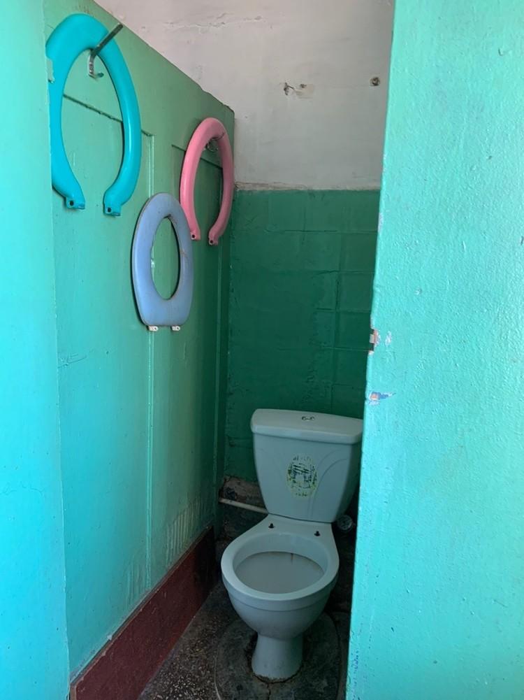 Туалет в общаге один на всех