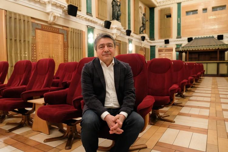 Режиссером фильма стал Ашот Джазоян - автор множества документальных картин и призер российских и международных кинофестивалей.