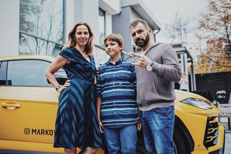 Екатерина и Игорь с сыном Иваном. Фото: предоставлено Рыбаков Фондом.