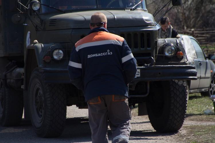 Из 122-миллиметровых орудий украинские военные обстреляли поселок Горняк. Поврежден и газопровод