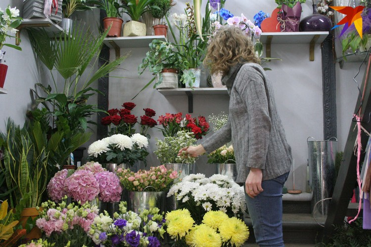 Спрос на цветы если и упал, то не так, как на большинство товаров и услуг.