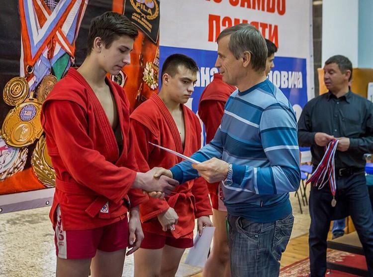 Илья Рудольф защищал честь Самарской области на соревнованиях и приносил сборной заслуженные награды