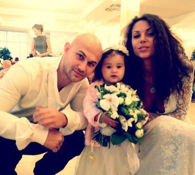 Пара поженилась в 2012 году