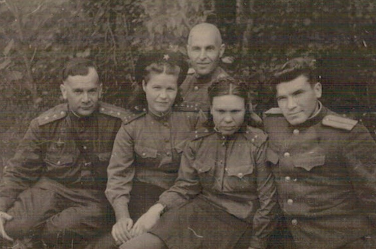 Михаил Панкратов (во втором ряду). Фото: Краеведческий музей Тярлево