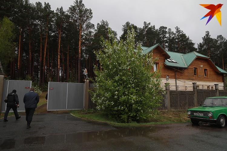 В доме Быкова проходят обыски