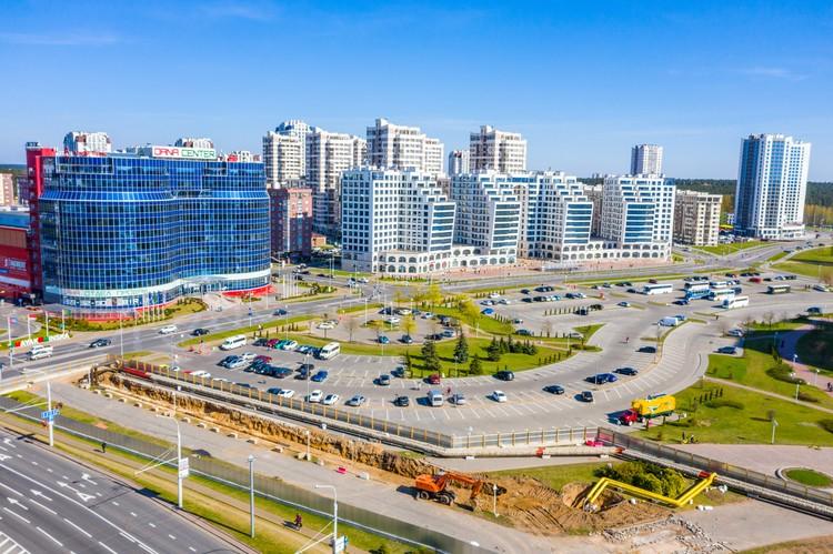 Здесь отличное транспортное сообщение. Комплекс построен у станции метро «Восток», рядом – многочисленные маршруты наземного транспорта.